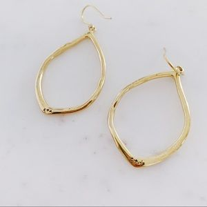 Chloe + Isabel Organic Teardrop Earring Set